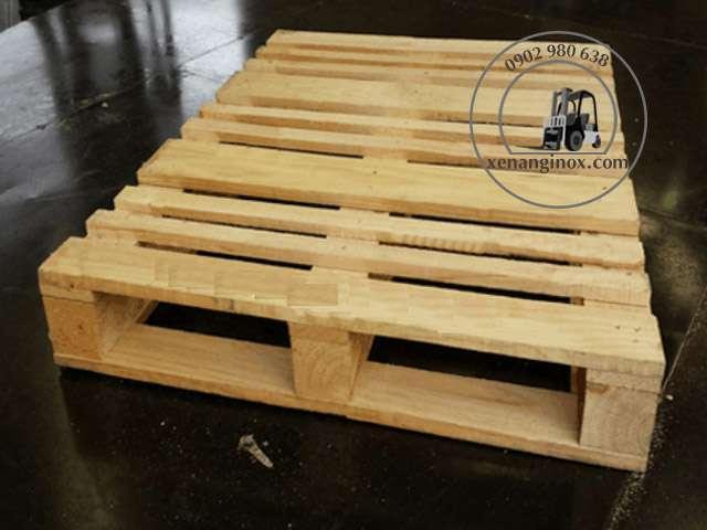 pallet gỗ thông mới